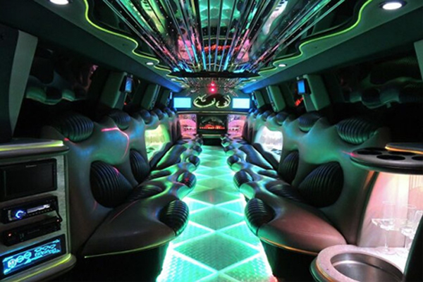 14 Person Hummer Limo Rental Carrollton